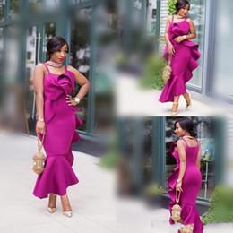 vestido de fiesta volante fushia Rebajas 2018 vestidos de baile de espagueti africanos vestidos de noche de sirena de raso Fushia volantes volantes más el vestido de fiesta formal de sirena por encargo