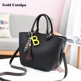 Wholesale Trendy Yellow Handbags - 2018 Fashion Women's chain diagonal leisure fashion letters small square trendy handbag shoulder crossbody bag bolsa feminina