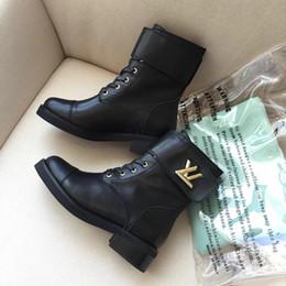 botas ocasionales de invierno de las señoras Rebajas Moda Martin Boots Plataforma botines para mujer botines de invierno suela de goma de cuero de lujo de la marca de las señoras zapatos casuales