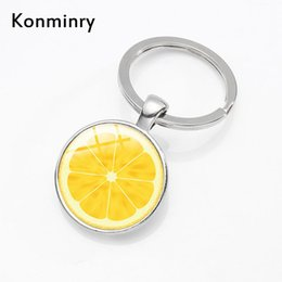 frucht keychains Rabatt Lemon Orange Fruit Slice Schlüsselanhänger Ring Obst Bild Glas Anhänger Silber Farbe Schlüsselanhänger Für Männer Frauen Geschenke Konminry