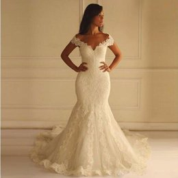 Wholesale mermaid style skirts - 2018 Off the Shoulders Mermaid Wedding Dresses Long Plus Size Sexy Lace Appliqued Cap Sleeve Sweep Train Country Style Wedding Bridal Gowns