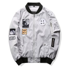 hip hop bomber jacket Promo Codes - Spring Men Bomber Jacket Hip Hop Patch Designs Slim Fit Pilot Bomber Jacket Coat Men Jackets Black White Plus Size M-4XL