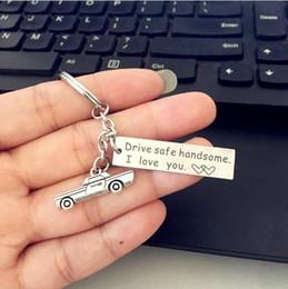 5pcs voiture porte-clé priez pour amant, ami peut être sûr, conduire en sécurité beau. Je t'aime .Charm Gifts Carkeychain Cadeaux mignons pour hommes ? partir de fabricateur
