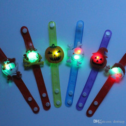 Canada LED lumière jouets citrouille crâne fantôme bracelet lumineux lueur jouets poignet pour enfants cadeau de noël Festival fournitures livraison DHL Offre