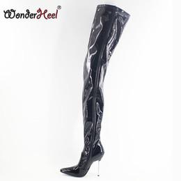 Сапоги на высоких каблуках онлайн-Wonderheel экстремальный высокий каблук 12 см металлический каблук острым носом патент над коленом сапоги бедра высокие сапоги сексуальный фетиш унисекс промежность