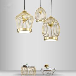 Cage à oiseaux moderne en Ligne-Modern LED Gold Birdcage Pendentif Lampe Art Creative Lustre Plafonnier Nouveau