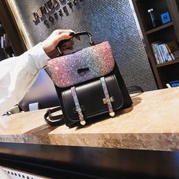 Бесплатная доставка женщины блесток путешествия рюкзак искусственная кожа сумка небольшой емкости Backbag женская молния школьная сумка девушка дорожная сумка Mochila от Поставщики дешевые розовые рюкзаки