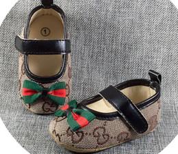sapatos de gata Desconto A02 Sapatos de Bebê Meninos Meninas Da Criança Sneakers Crianças Calçado Casual Crib Babe Primeiro Caminhantes Walker Infantil Criança Prewalkers Sola Macia Sapatos
