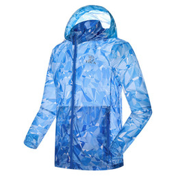 Wholesale sun sleeves for men - New Summer UV Proof Jackets for Men and Women Quick Dry Couples Long Sleeve Skin Coat SUN Proof Thin Jacket Printed Hooded Windbreaker