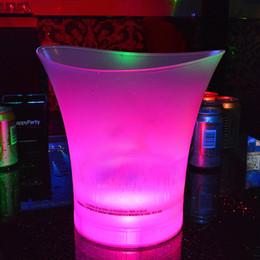 2019 ghiaccio di plastica Secchiello per il ghiaccio del LED 5L che cambia le barre di colore di plastica Nightclubs LED Bucket Beer per KTV Party Night ghiaccio di plastica economici