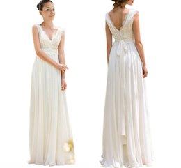 Estilo imperio vestidos largos online-Boho elegante vestidos de novia de encaje estilo imperio con cuello en V espalda abierta rebordear gasa vestido de boda barato largo vestidos de novia Nuevo