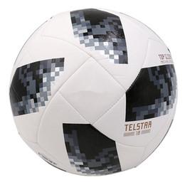 bolas de futebol Desconto 2018 Rússia Bolas De Futebol Da Copa Do Mundo Telstar Top Planador PU Bola de Futebol de Alta Qualidade Lembranças de Treinamento Da Pele Pasta Sem Costura Branco Azul Preto