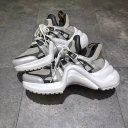 scarpe rare Sconti Scarpe da uomo Ss18 Rare Archlight Sneakers Nero Bianco Lace Up Parigi Fashion Archlight Scarpe da ginnastica Genuine Leather Ugly Dad Sneakers