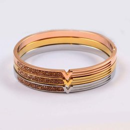 c0efeae168e Austrian Crystal Bangles for Women Rose Gold Silver Overlay Fashion  European Stainless Steel Bracelets New Women Lucky Star Jewelry