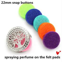 Pression en Ligne-15mm Feutre Pads Coloré Oil Pad pour Aromathérapie boutons à pression Parfum Huile Essentielle Diffuseur Médaillon bouton pression accessoires