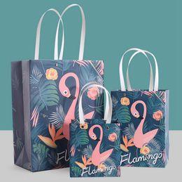 2019 borse di festa di compleanno Flamingo Party Treat Borse Loot Bag Gift Bag Favor Borse con manico Fashion Jewellery Bags Wedding Birthday Party Favor OOA4358 borse di festa di compleanno economici