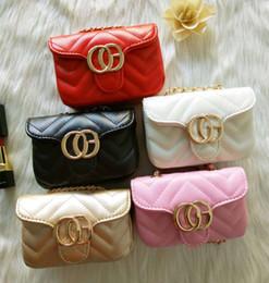 Bolsos para niños Bolsos para bebés Lovely Letter Design Princess Purses Fashion Mini Pu Chain Bolsos de hombro inclinados Childern Christmas Gifts Snack Bag desde fabricantes