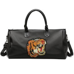 large hand luggage bag Promo Codes - New Travel Bag Large Capacity Men Hand Luggage Travel Duffle Bags Oxford Weekend Bags Multifunctional tiger Travel Bags