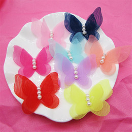 Wholesale lace butterfly hair accessories - 50pcs lot Pearls Decorated Lace Chiffon Butterfly Button Patch Stickers Princess Girl Hair Jewelry DIY Jewelry Accessories