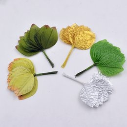 Foglie di seta diy online-288 pz / lotto 6 cm a forma di foglia di seta handmade fleurs scrapbooking fiore artificiale per diy decorazione di cerimonia nuziale accessori cucito