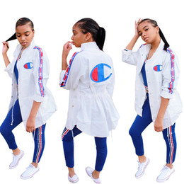 Canada Nouvelle Arrivée Femmes De Mode Longue Conception Chemise Robe À Manches Longues Casual Veste Costumes Manteaux PrintempsAutomne Design Vestes Plus La Taille Outwear supplier fashions long dresses design Offre