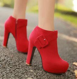 fb0073ebeac9a1 Sexy Buckle Round Toe Plattform Chunky High Heels Stiefeletten Rot Faux  Suede Hochzeit Schuhe Größe 34 bis 39