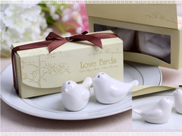 Wholesale Ceramic Gift Boxes - 2pc=1 box new Love Birds In The Window Ceramic Salt & Pepper Shakers Wedding Favor For Party Gift with retail gift box H076