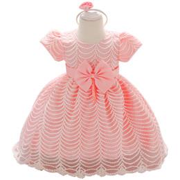 neugeborenes blumenkostüm Rabatt Baby-Spitze-Blumen-Taufkleid Taufe Kleidung Neugeborenes Kind-Mädchen-Geburtstags-Prinzessin Infant-Partei-Kleid-Kostüm