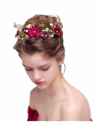 Wholesale Wedding Hair Side - Handmade Flower Side Hair Comb Bridal Headpiece Wedding Accessories Bridal Flower Hair Clips Pearl Bridal Headpiece