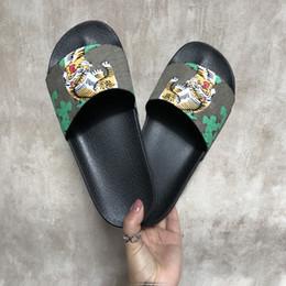 Pantofole per i gatti online-Ciabatte alla moda Tigri di lusso Sandali di lusso di moda Pantofole da donna per uomo Tiger Cat Design Summer Pantofole di Huaraches