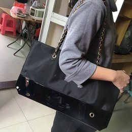 2017NEW famoso marchio nero shopping impermeabile panno classico borsa da viaggio signore casuale fondo cuciture PU borsa moda casual bag (Anita) da sacchetti di panno di moda fornitori