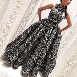 Wholesale Glamorous Line Party Dresses - Dubai Fashion Lace Prom Dresses High Neck Ruched Sleeveless Floor Length Evening Gown Glamorous A-Line Celebrity Long Prom Party Gowns