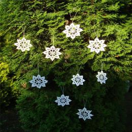 Ornamenti di natale a crochet fatti a mano online-Albero di natale Holiday Table home decor ornamento fiocchi di neve Idea regalo Crochet Fiocco di neve ornamento bianco fatto a mano fiocchi di neve decorazione