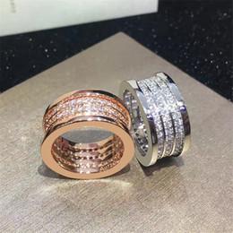 2019 gioielli in miniatura all'ingrosso intera venditaFamous Brand Fashion gioielli di lusso in acciaio inox tre righe completa anelli CZ per le donne uomini coppia anello di fidanzamento