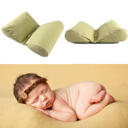 Wholesale Newborn Cotton Butterfly - Newborn Baby Photography Props Accessories Wedge Shaped Posing Pillow Infnat Butterfly Cushion Pictures Prop 2pcs lot