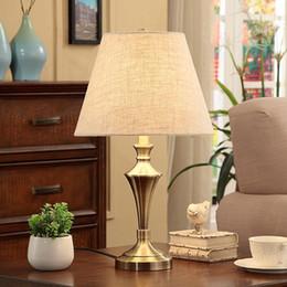 Luxus Schlafzimmer Tischlampen Rabatt Luxus Moderne Tischlampe Kristall  Tischlampe Stoff Lampenschirm Wohnzimmer Abajur Für Schlafzimmer Sockel