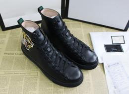 Дизайнер высокого класса Casual Shoes роскошный бренд текстурированной кожи с сердитым кроссовкой для тигра для тигра для мужчин размером 35-46.