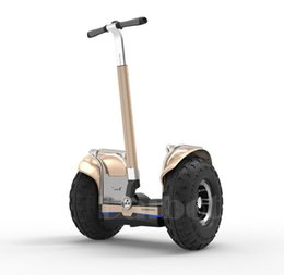 """Fora da estrada """"trotinette"""" elétrico """"trotinette"""" s de equilíbrio 60 """"2400W do auto de 19 polegadas com o skate poderoso de APP GPS Hoverboard de"""