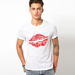 2019 belo sexo novo Leqemao Sexo Grandes Lábios Vermelhos T-shirt Personalidade True Blood Camiseta Engraçado Bonito Lábio Homens Tshirts 2016 Novo Verão belo sexo novo barato