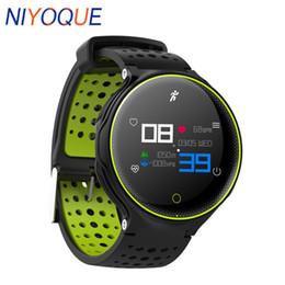 Verbundenes armband online-IP68 wasserdicht X2 Plus-Sport-Armbänder Smart Watch Connected Blutdruck-Puls-Monitor Smartwatch