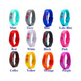 Reloj led de goma para hombre online-Moda Hombres Mujeres Unisex Pantalla Táctil Led Reloj Deportes Rectángulo Estudiantes de Goma de Silicona Pulseras Reloj Digital