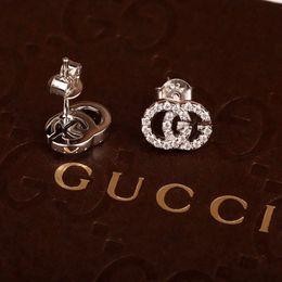Brincos para o dia do casamento on-line-19ss Itália Brincos Do Parafuso Prisioneiro de Luxo Sliver Cor Brincos de Diamante das Mulheres Orecchini Brinco de Casamento Presente do Dia das Mães