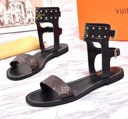 Wholesale Sandal Outsole - Newest Luxury Brand Women Print Leather Sandal Striking Gladiator Style Designer Leather Outsole Perfect Flat Canvas Plain Sandal Size35-41