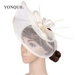 Головные уборы для свадеб онлайн-Дамы элегантный Шапо волос fascinators для свадьбы свадебный замуж головной убор с фантазии перо Кентукки партии шляпы SYF284