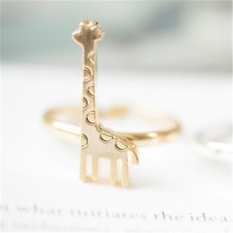 Wholesale Giraffe Rings - 2018 Fashion The latest elements rings for girls cute giraffe rings Gold-color rings for women wholesale