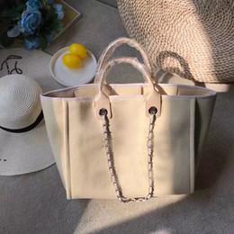 hot elegant women bags handbag 2018 - Hot sale new arrival Classical  handbags women shoulder handbag 61422562349e