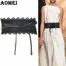 Ampie donne gialle cinture online-Cinture a vita larga in pizzo nero e pelle per abiti Donna Fashion 2018 Vintage Yellow Pink Trending Gold Boho Belt