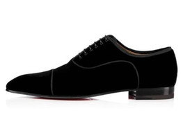 Мужская обувь онлайн-Индивидуальные мужчины черный бархат обувь кружева Up мокасины Пром свадебные квартиры ручной работы Повседневная обувь для мужчин плюс размер EU39-46