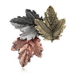 Pin di foglia d'acero online-Broche Mujer Vintage Pin Maple Leaf Spilla Spille Pins Squisita collana per le donne Accessori per feste da ballo