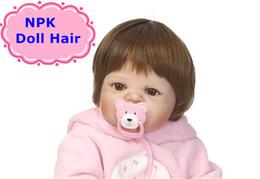 realistische babypuppe silikon Rabatt NPK 55-57 cm Volle Silikon Reborn Boy Sticked Haar Perücke 22 zoll Silikon Realistische Reborn Baby Dolls Haar Perücke DIY Puppe Zubehör